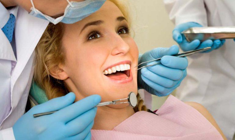Avantajele implantologiei dentare